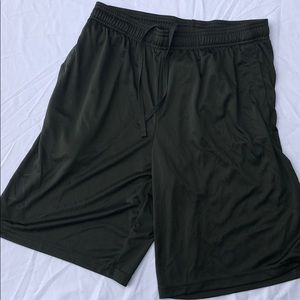 Under armour | green shorts | medium